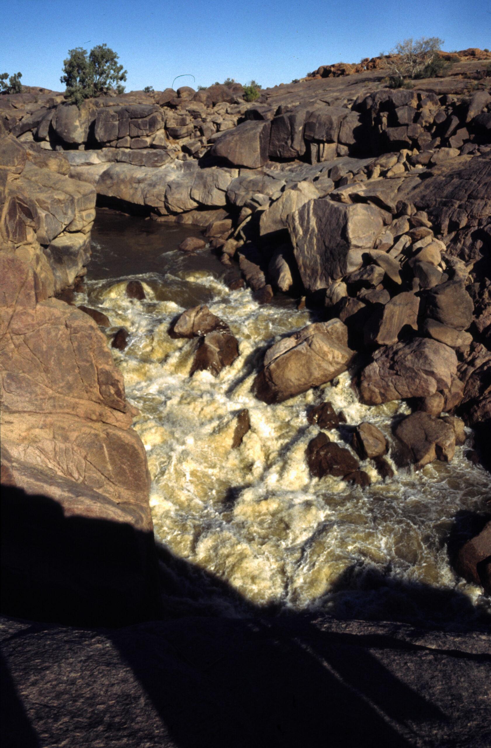 1997-07-ZA&NA-04-Augrabies Falls